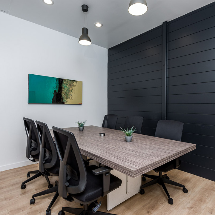 Conference_Room_Contact | Waltman Design